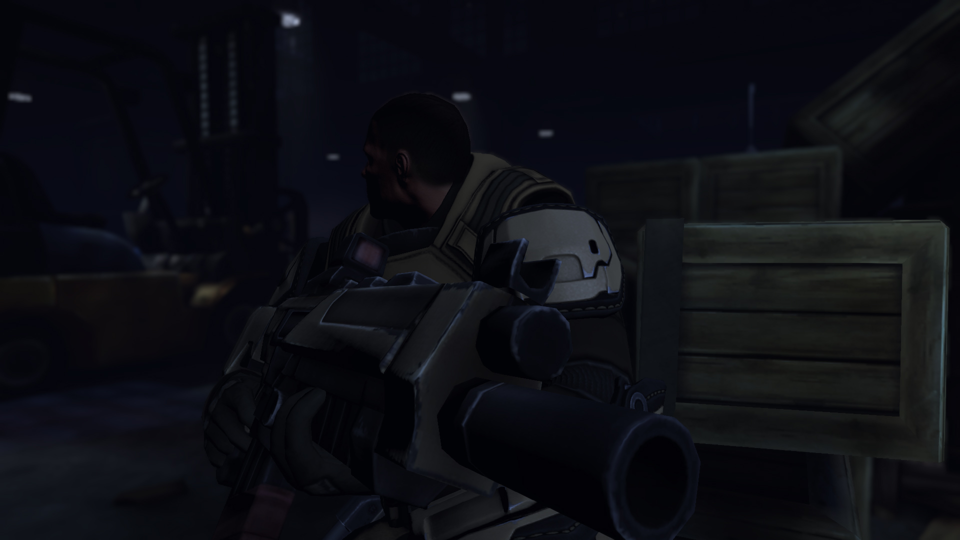 XCOM soldier makes sure his buddies are behind him.